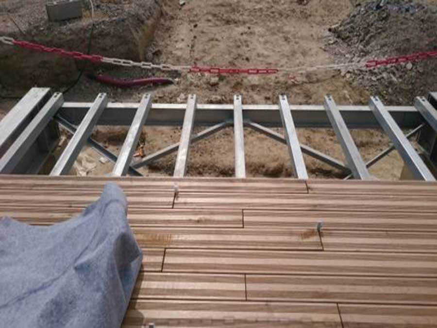 castan-construction-sécurisée-soutien-métallique