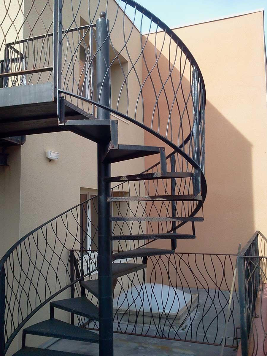 escalier-colimacon-helicoidal-par-castan